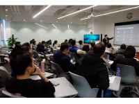 快手实践课堂 | 人民大学毛寿龙教授在快手教学 30名公管硕士参加学习研讨